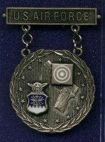 Silver USAF Excellence In Competition Pistol Shot Badge